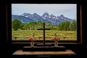 Teton-cross-window