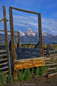 Teton-fence-window-frame