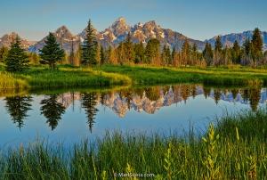 Teton-sunrise-reflection-pano